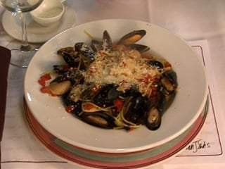Spaghetti with Mussels and White Beans - Northern Michigan's News ...